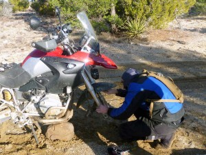 BMW R1200GS Front Fender Removal