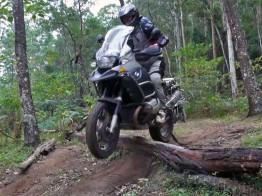 R1200GS Adventure log jump