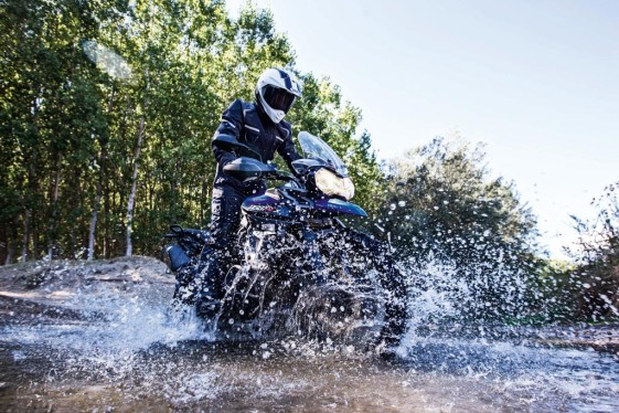 2015 Triumph Tiger 800 XCx blue river