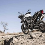 Triumph Tiger 800 XC white back