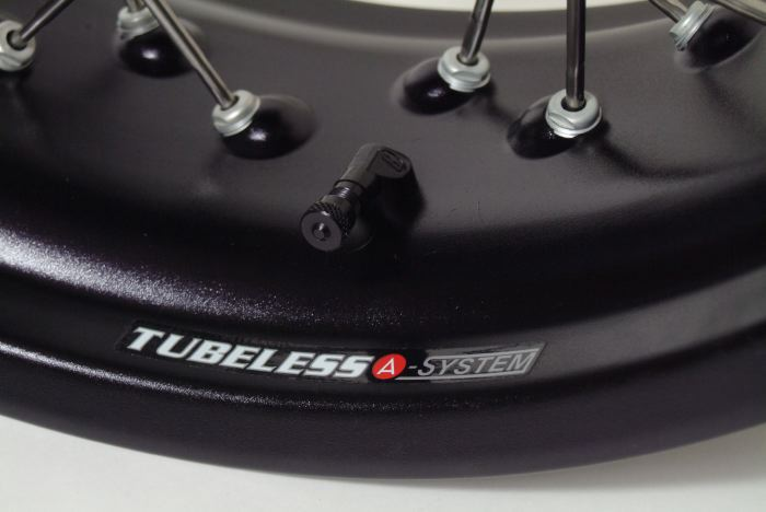 Ditch The Tubes And Convert To Tubeless Spoked Wheels