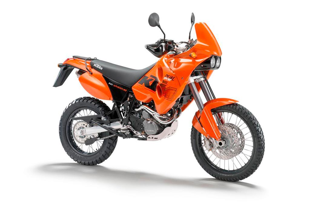 spy photos may reveal a ktm 690 adventure in the works adv pulse. Black Bedroom Furniture Sets. Home Design Ideas