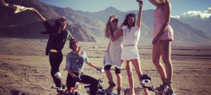 Five-French-Girls-Ride-The-Himalayas