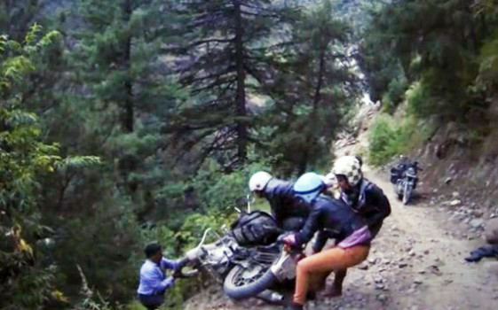 Five french girls ride off himalayan cliffs