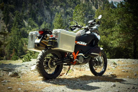 Can Motorcycle Panniers Be Lightweight Stylish And Tough