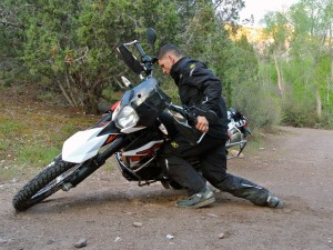 deadlift how to pick up a motorcycle