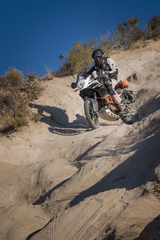 KTM 1190 adventure r descent