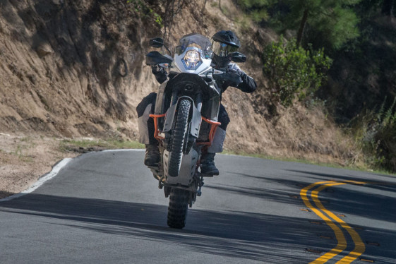 KTM 1190 adventure r wheelie