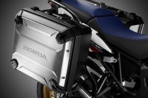 Honda CRF1000L Africa Twin Hard Panniers