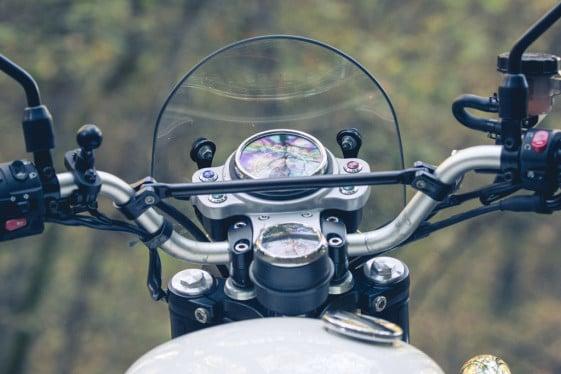 Triumph Scrambler gauges