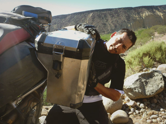 Hard panniers after a fall