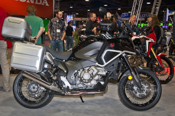 2016 vfr1200x us debut pricing announced