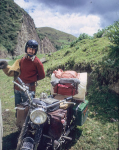 Ted Simon travel riding into town