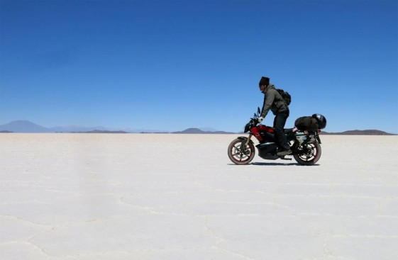 Thomas Tomczyk Long Distance Record on an Electric Motorcycle