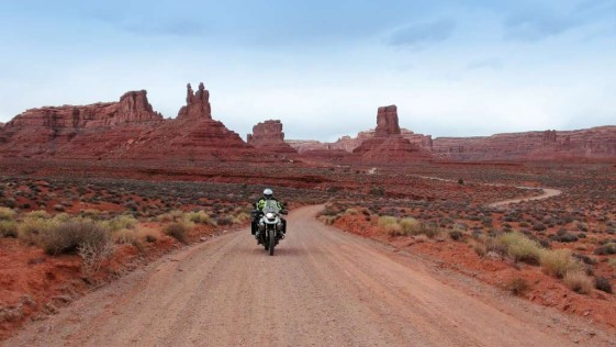Valley of the Gods - Motorcycle Rides in Utah