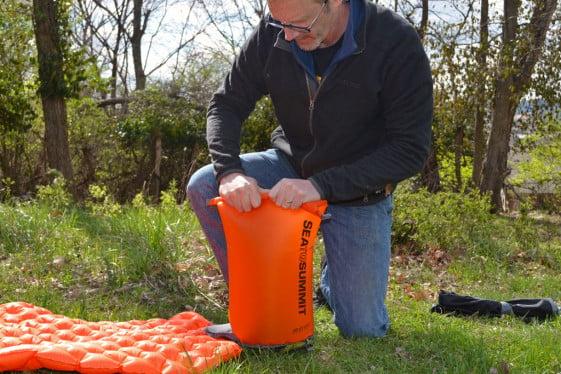sea to summit air stream dry sack air pump