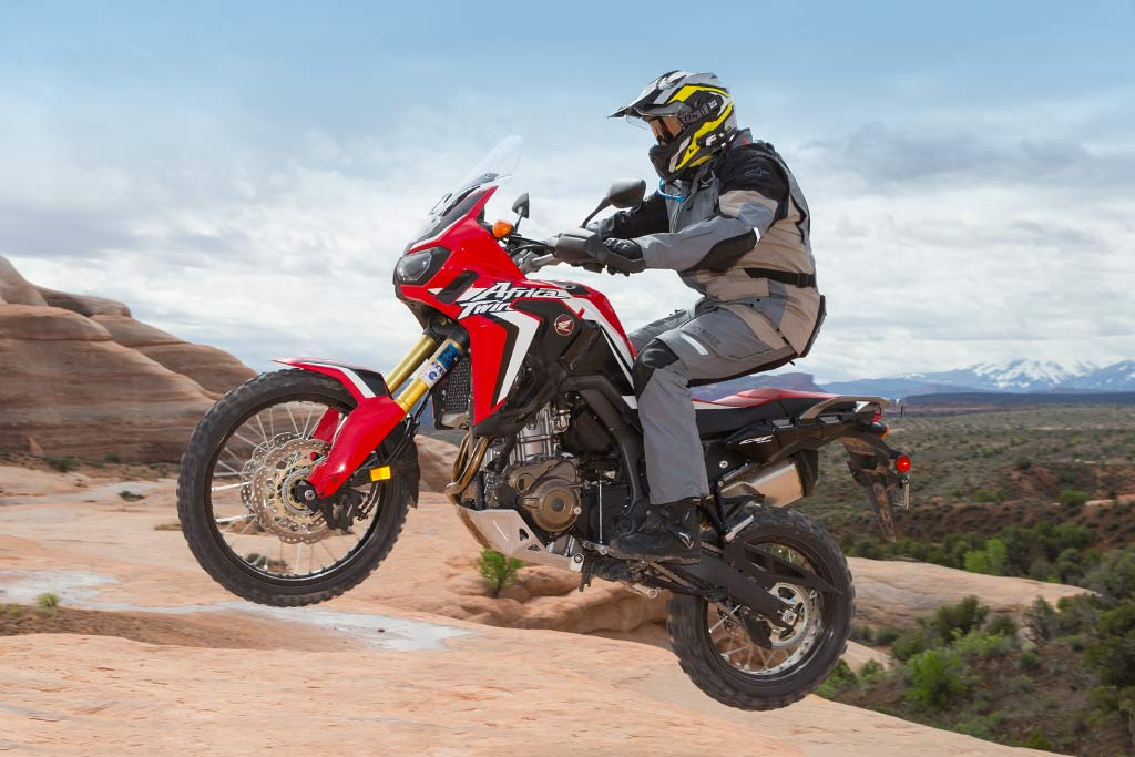 Tremendous First Ride 10 Things To Know About The New Africa Twin Creativecarmelina Interior Chair Design Creativecarmelinacom