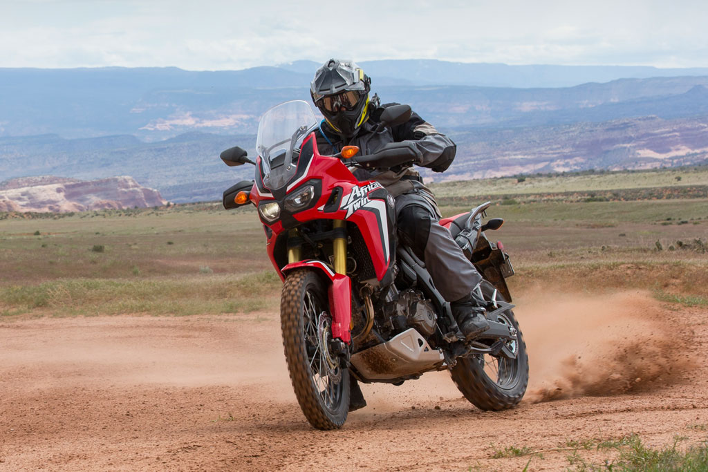 Excellent First Ride 10 Things To Know About The New Africa Twin Creativecarmelina Interior Chair Design Creativecarmelinacom