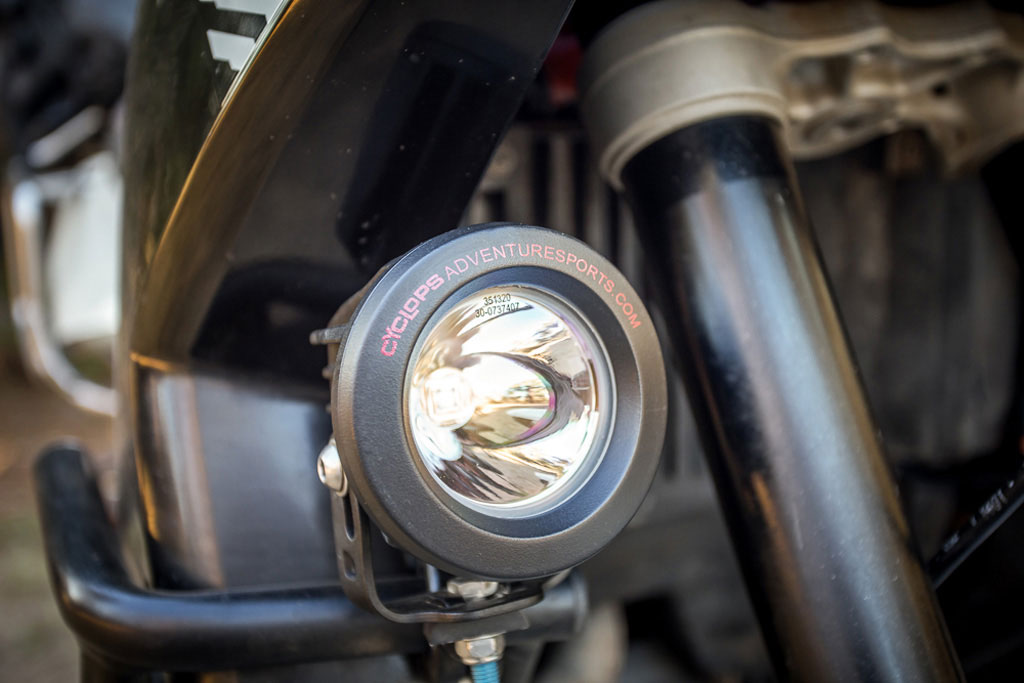 cyclops long range best value in high output aux lights?the difference between two motorcycle aux lights with the same lumen output can be dramatic reflector optics are where the magic happens!