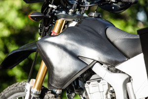 Yamaha wr250r mods - fuel tank
