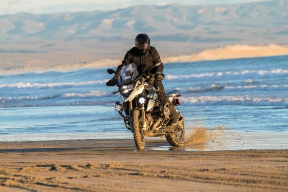 bmw r1200gs vs r1200gsa riding in Baja Mexico