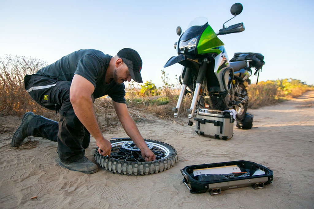 10 Essential Tools To Handle Nearly Any Trailside Repair Adv Pulse