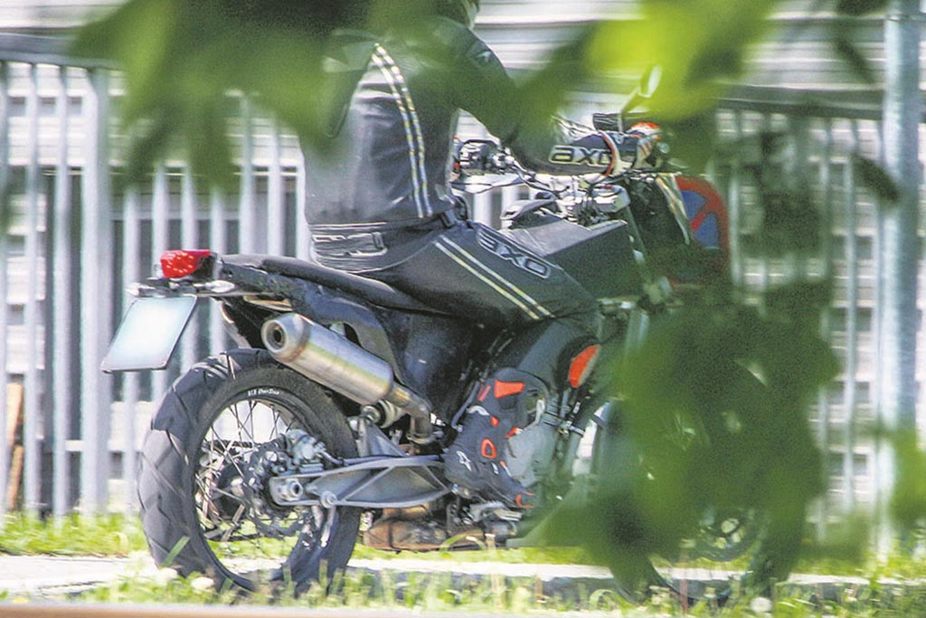 2018 ktm adventure motorcycles. unique ktm ktm 800 adventure spy shot rear inside 2018 ktm adventure motorcycles v