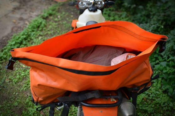 Giant Loop Coyote Roll Top Saddlebag
