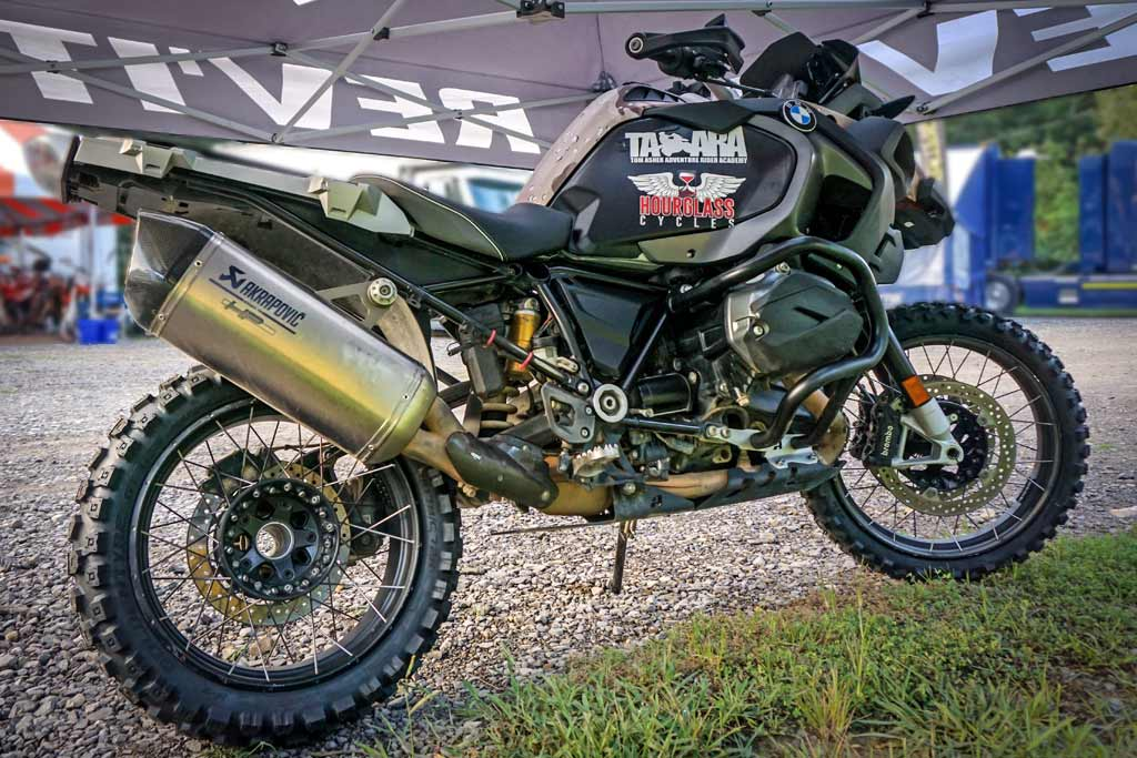 Adventure Rider takes on Tennessee TKO on BMW R1200GSA