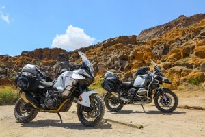 BMW R1200GS with Giant Loop Siskiyou Panniers