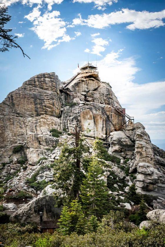 Buck Rock lookout in Sequoia National Park