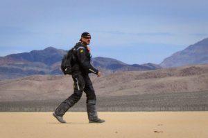 Walking through Death Valley in the Klim Badlands Jacket and Pants