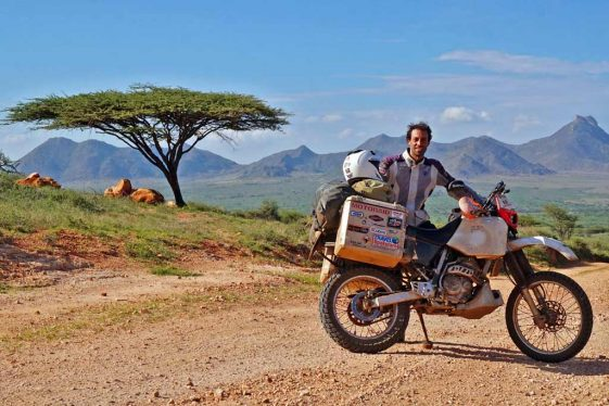 Biaya untuk keliling dunia: Elias Vrohidis mengendarai dunia dengan Honda XR 250