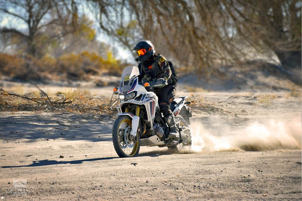 Quick Tips How To Ride Sand On A Big Adventure Bike Adv Pulse