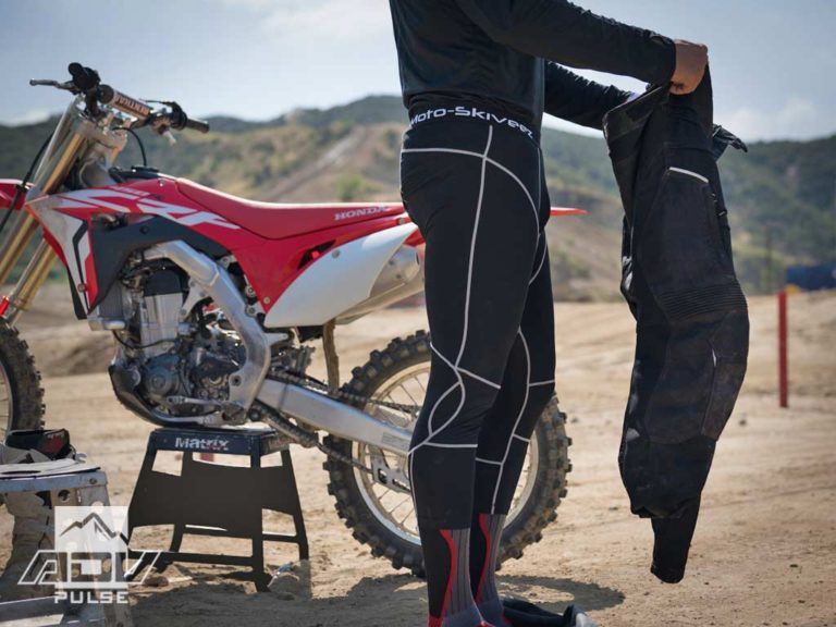 Motoskiveez Performance Tights Compression Garment Adventure Motorcycle