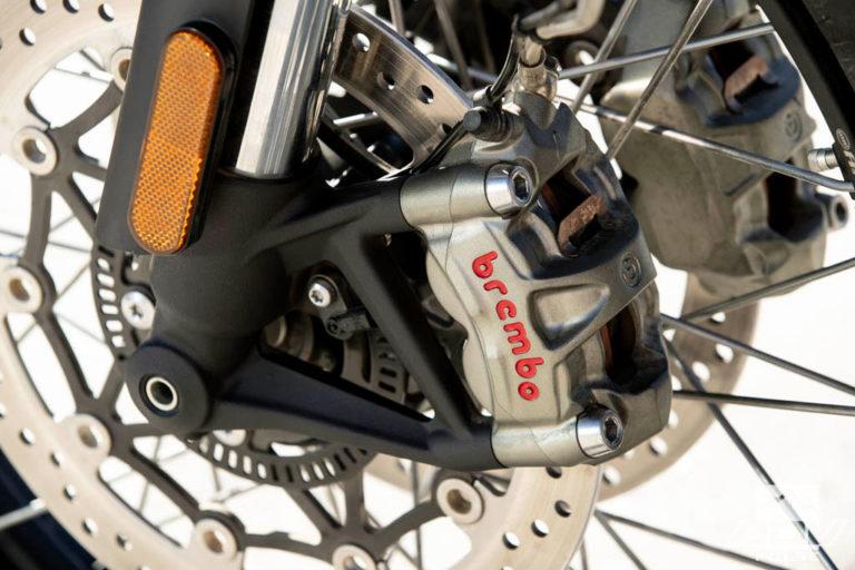 Triumph Scrambler 1200 dual sport