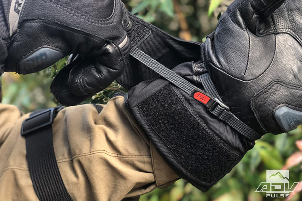 9c5aeb8f41f06 REV'IT! Livengood GTX Gloves: 4-Season Comfort Without the Bulk ...
