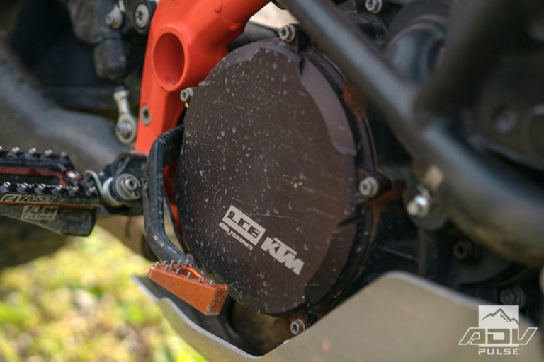 KTM 1090 Adventure Motorcycle Build  - clutch cover