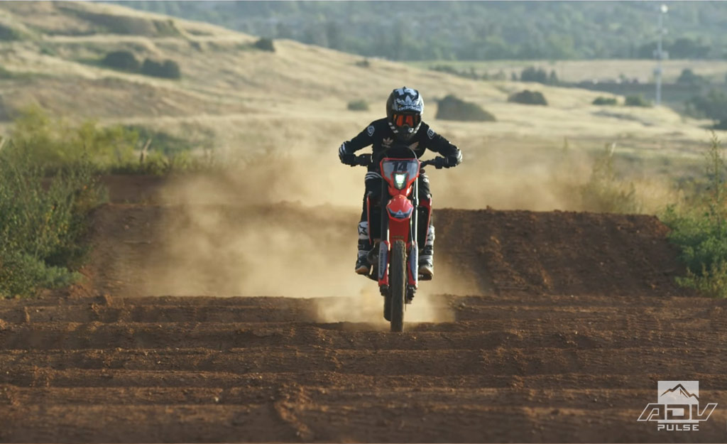 Cole Seely take on Honda Supercross track on his CRF450L