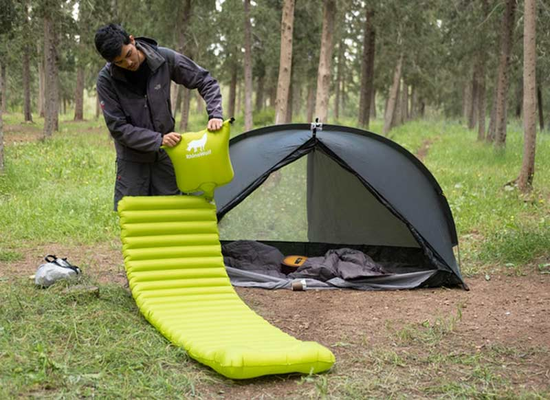 RhinoWolf all-in-one tent setup