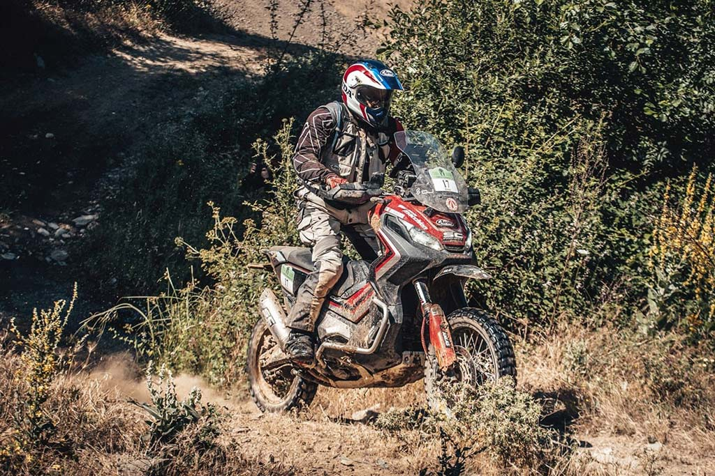 Honda ADV-X Scooter beats dual sport and adventure bikes at Gibraltar race.