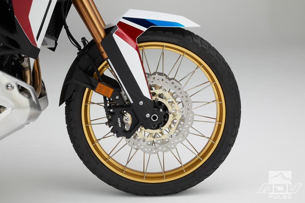 Africa Twin Adventure Sport tubeless wire-spoke wheels