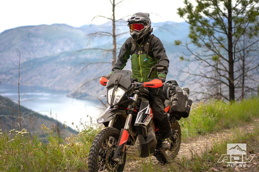 Mosko Moto Basilisk Adventure Suit