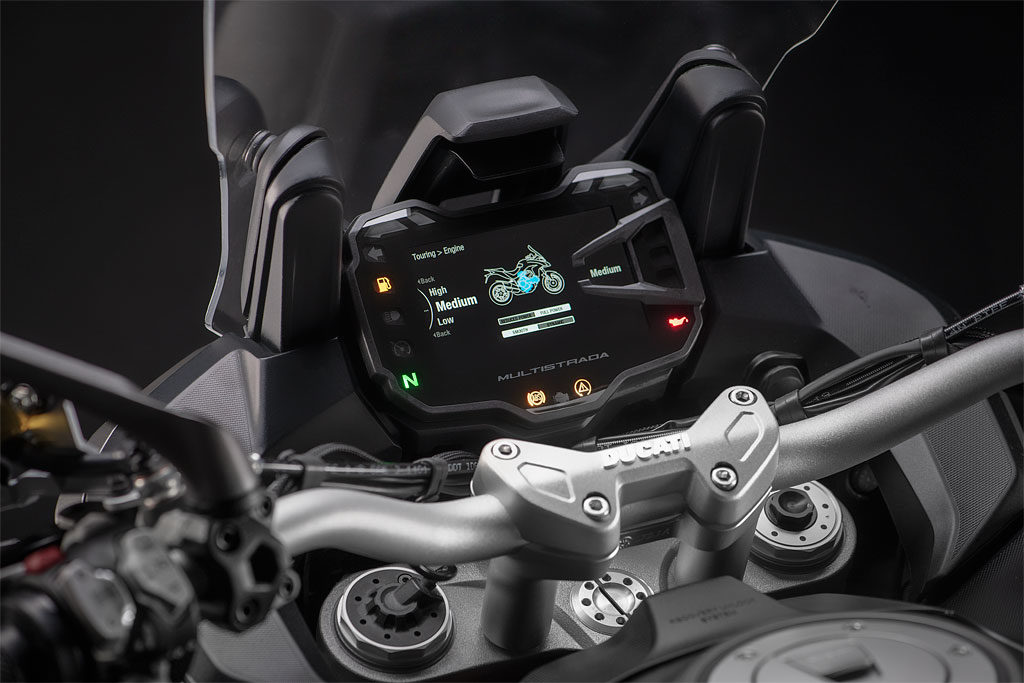 Ducati Multistrada 1260 S Grand Tour dashboard