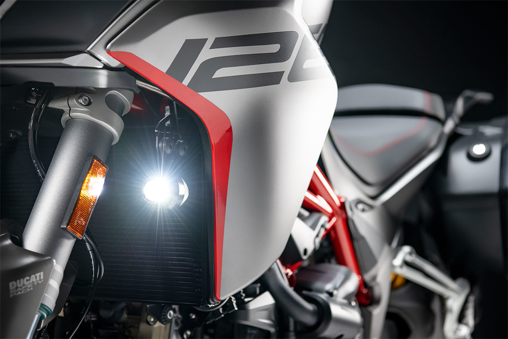 Ducati Multistrada 1260 S Grand Tour LED lighting