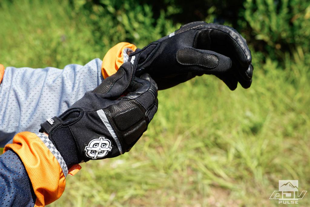 A.R.C. Battle Born gloves according leather