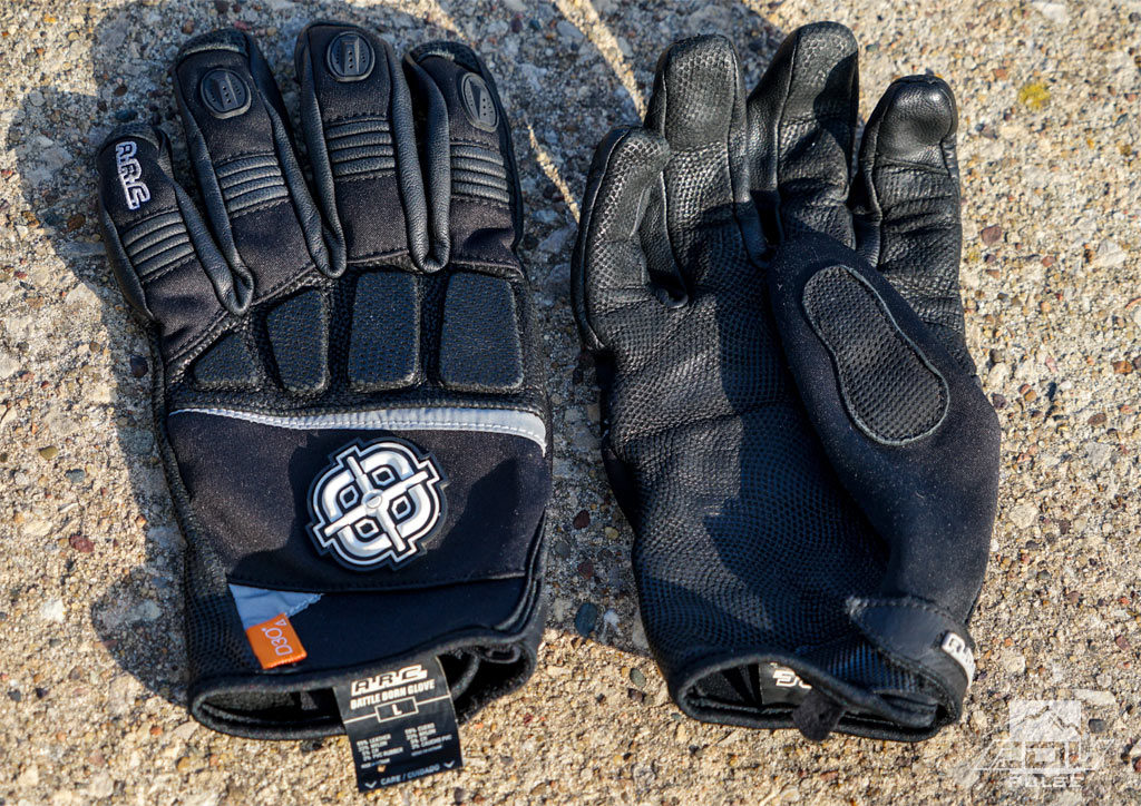 Wind Block gloves featuring D30 protection