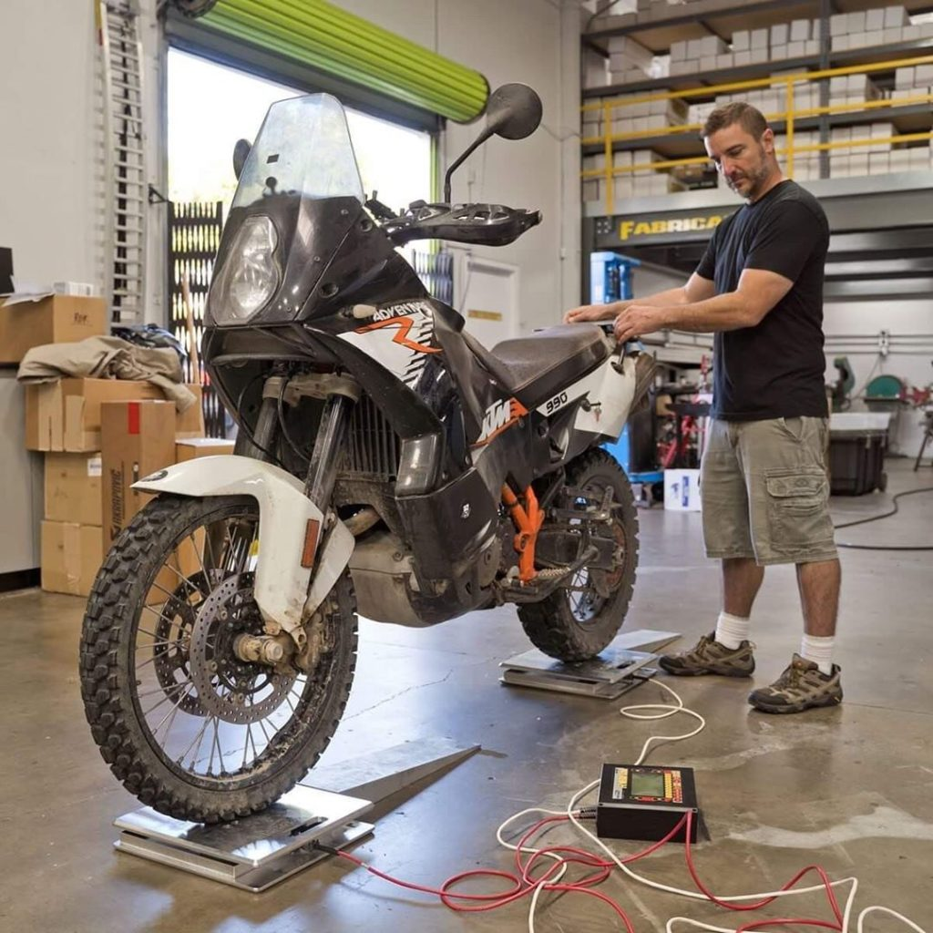 weighing the 990 adventure r