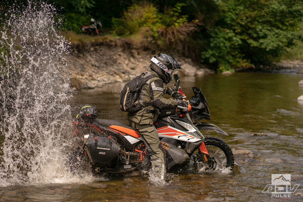 Water crossing KTM 790 Adventure R