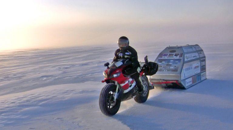 Sjaak-Lucassen-North-Pole-Yamaha-R1-2-76